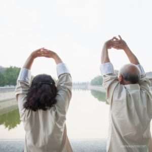 2 persons practicing qigong